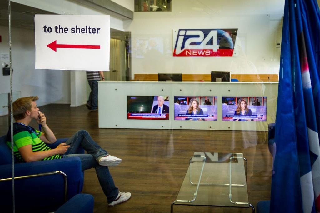 Dans sa frénésie d'acquisition, Patrick Drahi a indirectement contribuée à la non-diffusion des images de la chaîne à la télévision israélienne.